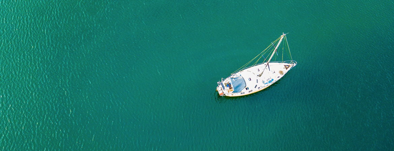 Segelboot von oben